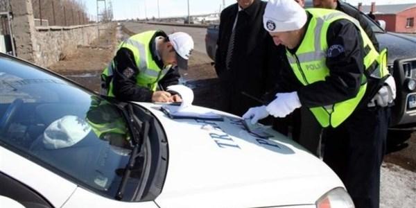 Trafik cezalar�na k�smi af