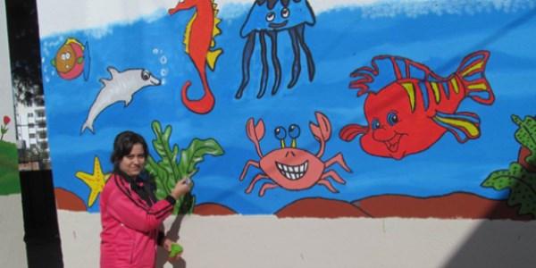 Edremitte Okulun Bahçe Duvarları Renklendi Memurlarnet