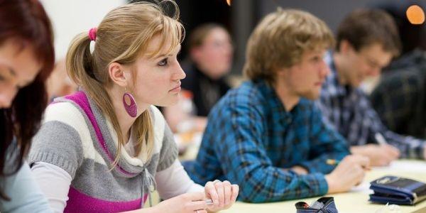 Üniversite öğrencisi ve mezunlarının ikinci üniversitelerini