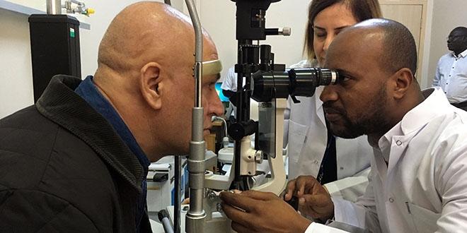 Afrikalı Göz Doktorlarına Türkiyede Eğitim Memurlarnet