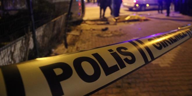 Gaziantep'te zıhlı para nakil aracının kamyonla çarpışması sonucu 1 kişi öldü, 1 kişi yaralandı., ile ilgili görsel sonucu