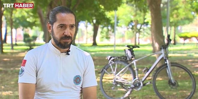 Hastalarına bisikletle gitmeye başladı, 50 kilo verdi - Memurlar.Net